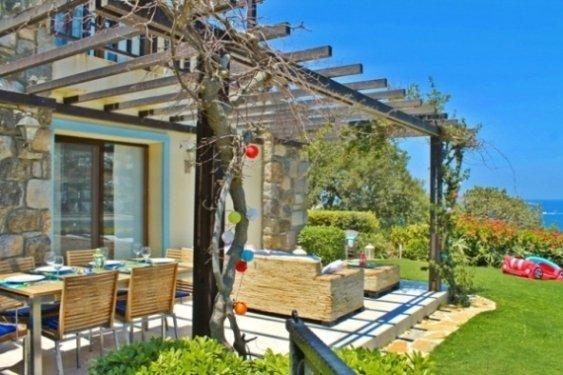 1014-2-Luxury-villa-for-sale-Gumusluk-Bodrum