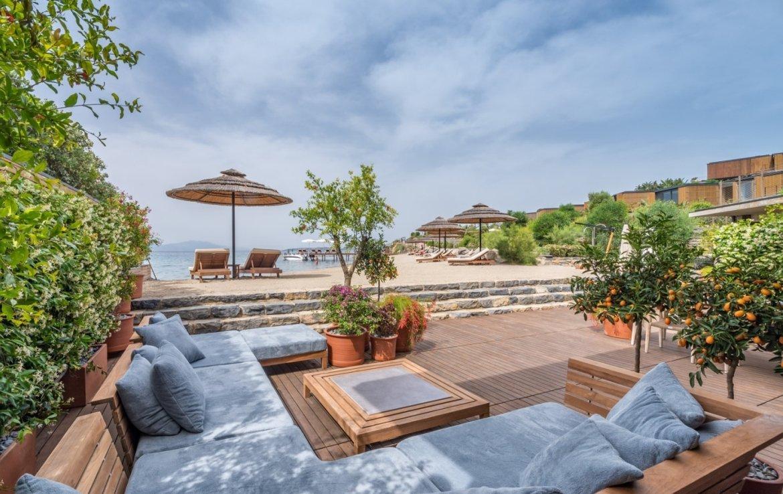 sea front villa with private pool