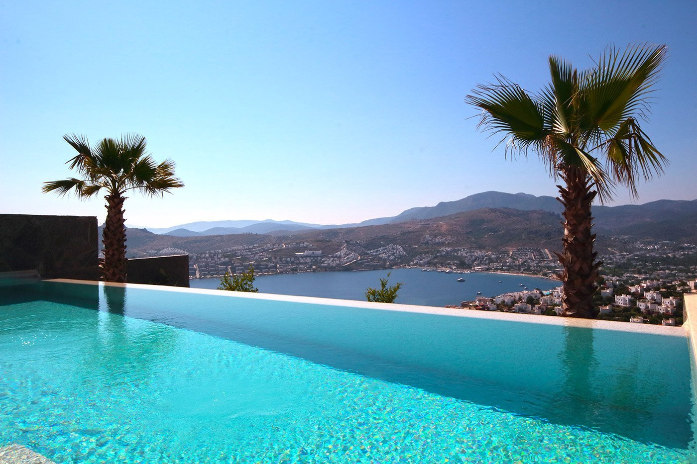 2034-01-Modern-villa_for_sale_Gundogan_Bodrum_Luxury_Property_Turkey
