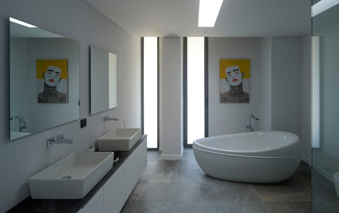 Modern bahtrooms