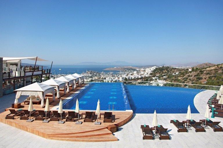2054-04-Luxury-Property-Turkey-villa-for-sale-centre-of-Bodrum