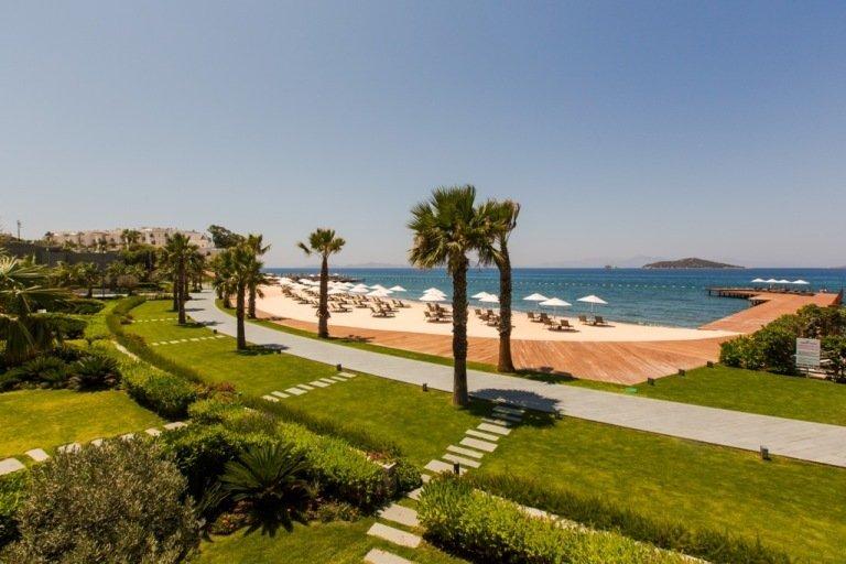 Private beach villas