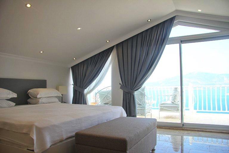 4002-18-Luxury-Property-Turkey-villas-for-sale-Kalkan