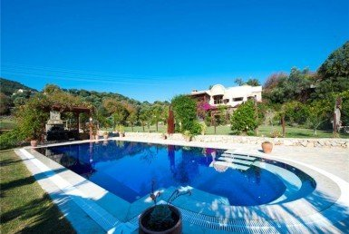 1030 17 Luxury villa for sale Ortakent Bodrum