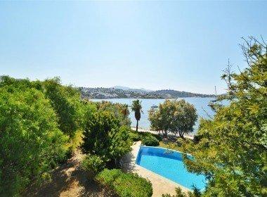 1032 15 Yalikavak Bodrum luxury beachfront villa for sale