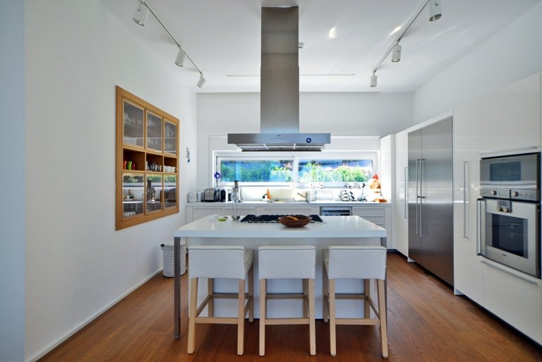 Functional Yalikavak Kitchen