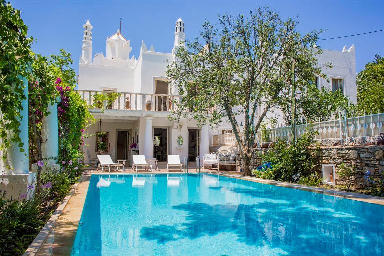 Tasteful Marina Villa