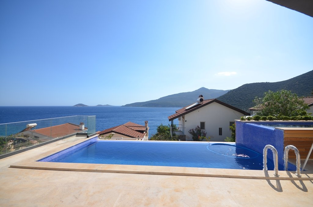 Kalkan Villa with sea view and pool
