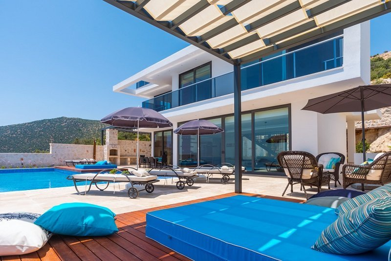 large pool terrace
