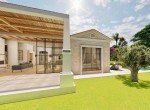 05-Modern-Villa-with-big-garden-for-sale-2213